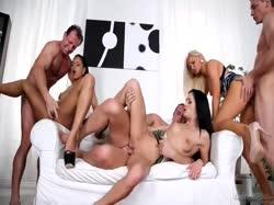 Три пары свингеров устроили беспорядочное анальное порно 2