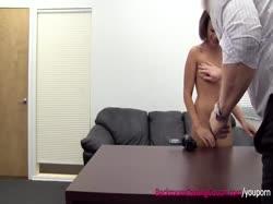 Скриншот для Азиатка с большой жопой получила оргазм на порно кастинге
