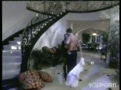 Скриншот для Стройная блондинка с классной фугурой занялась романтическим сексом с любимым