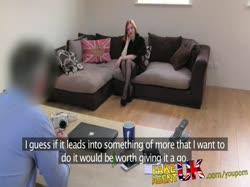 Скриншот для Любительское порно с жопастой рыжей бабенкой в чулках